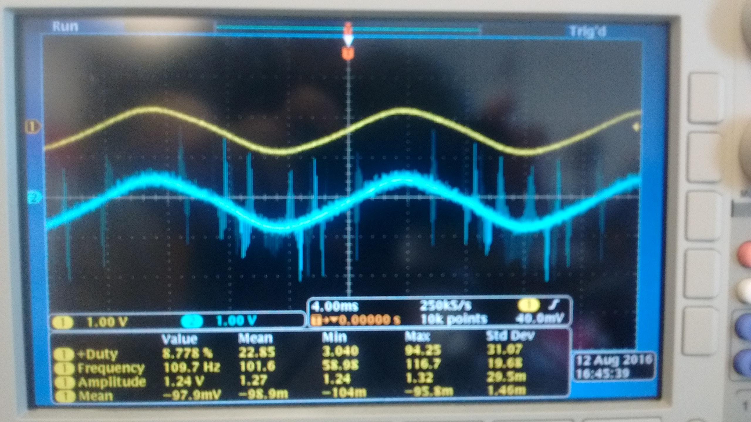 Crosstalk In Ni 9215 Signals Usb 6008 Wiring Diagram As You Can See There Is A Lot Of Noise The B Sensor While Most Often Silent When I Connect Then Both These To My