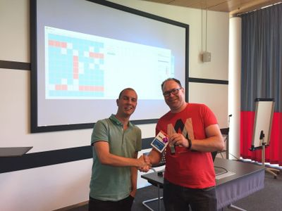 Battleships winner Stefan Lemmens receiving his price! Congratulations!