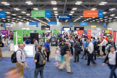 Expo Hall People.jpg